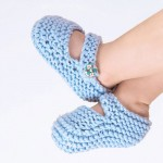Stitch and Story - Bonny booties knitting kit
