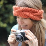 Stitch and Story - Chunky cable headband knitting kit